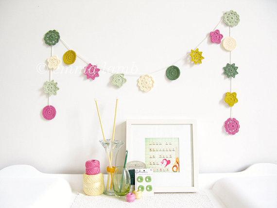 guirnalda-crochet-emmalamb2-adoraideas