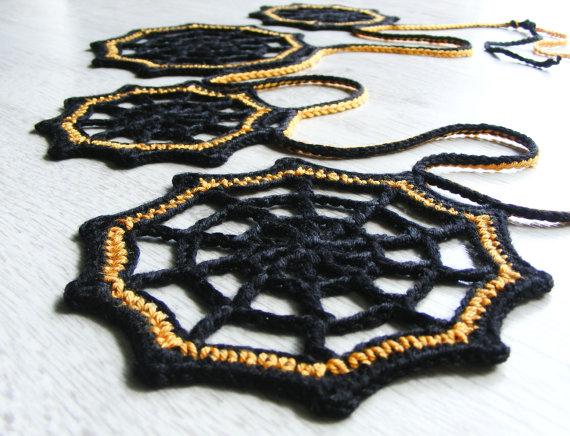 guirnalda-crochet-halloween-adoraideas