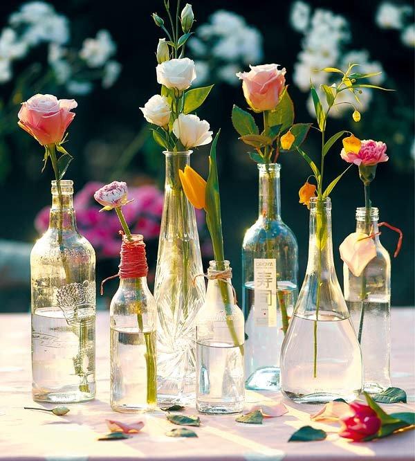 botellas-de-cristal-con-flores_ampliacion