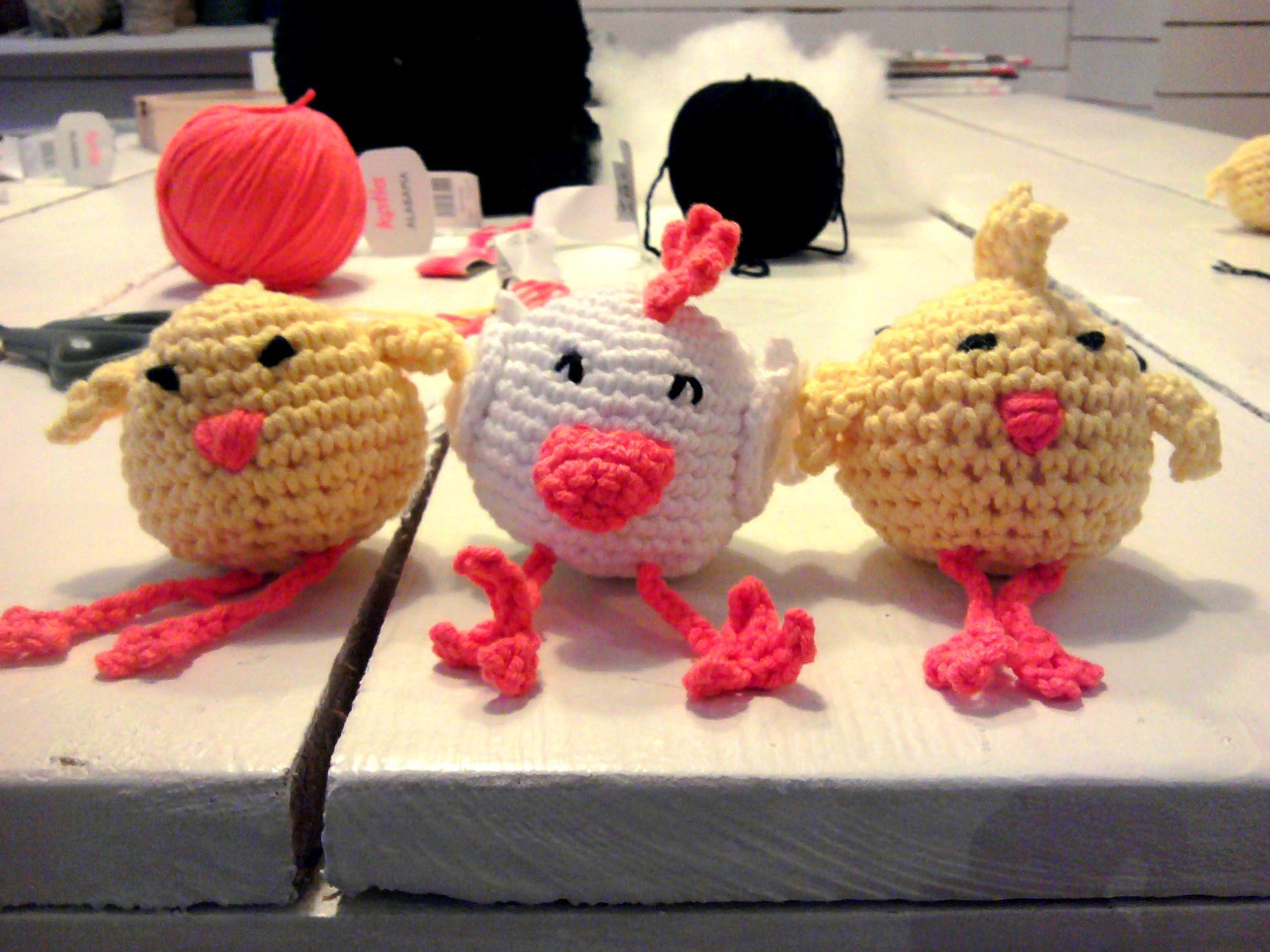 pollitos-adorables-amigurumi-taller-sevilla-adoraideas