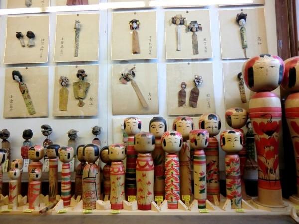 kokeshi-japon-artesania-adoraideas