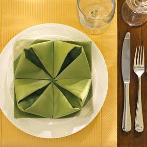 servilletas-origami-navidad-adoraideas-5