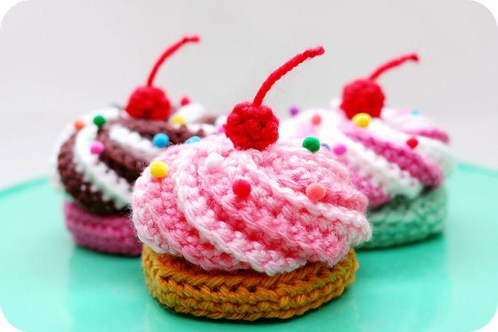 amigurumi cupcakes