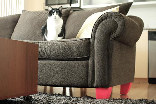 sofa-patas-pintadas-diy-adoraideas